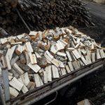 Biokuro baze, skaldytos malkos, malkos, atraižos, mediena, kietas kuras15